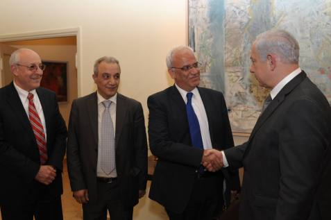 Israel's Prime Minister Benjamin Netanyahu meets with Palestinian negotiator Saeb Erekat in Jerusalem. April 17, 2012
