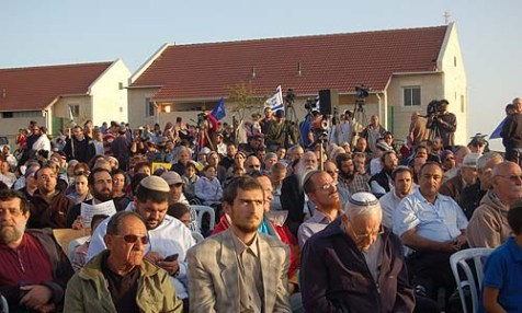 At a meeting last month in front of the Ulpana Hill homes, members of the Likud Committee assembled to voice their support for blocking the demolition efforts.