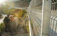 Soldiers shot at Arabs trying to infiltrate into Israel on Sunday.