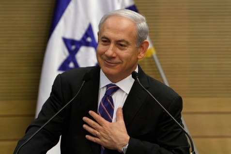 Iran's foreign ministger calls Netanyahu a liar, even though he has his hand over his heart