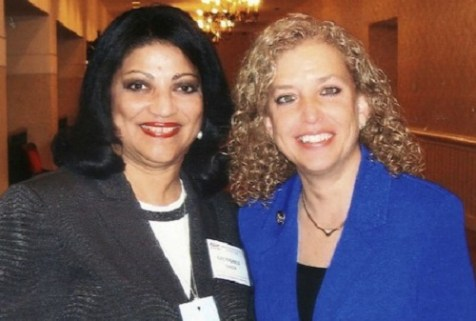 Evelyn Garcia (L) with Debbie Wasserman Schultz