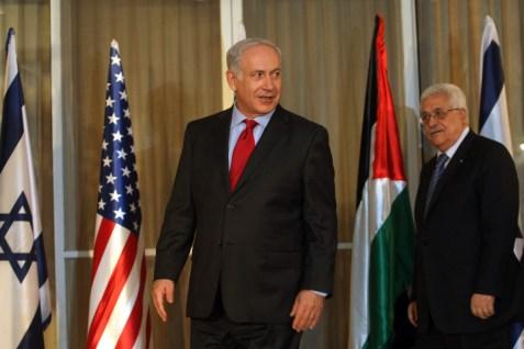 Israeli Prime Minister Benjamin Netanyahu meets with Palestinian President Mahmoud Abbas