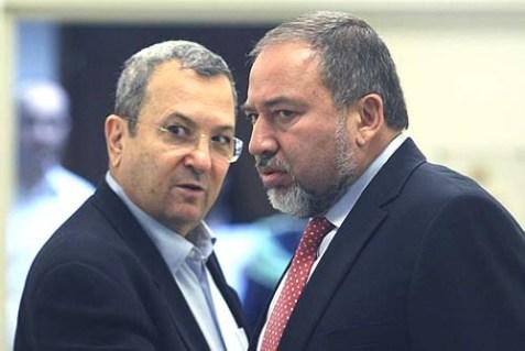 Foreign Minister Avigdor Liberman (R) with Defense Minister Ehud Barak.