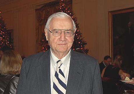 My hero for the day, conservative newsman Lester Kinsolving, cut Carney down a couple inches on Thursday.