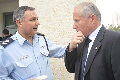 New Home Front Minister Avi Dichter (R), with Police Major General Yohanan Danino.