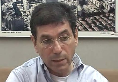 Ichilov Hospital Director, Professor Gabi Barbash, under attack for profiling tuberculosis patients.