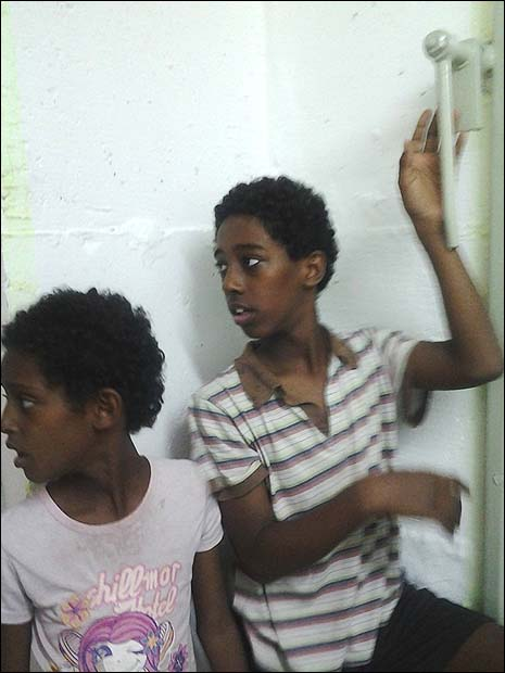 Ethiopian children spend their fifth day in Ashkelon bomb shelter, Sunday, November 18.