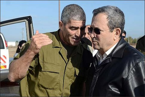 Architects of the Gaza victory: Defense minister Ehud Barak tours the southern command with it&#039;s commander Maj. Gen. Tal Russo.