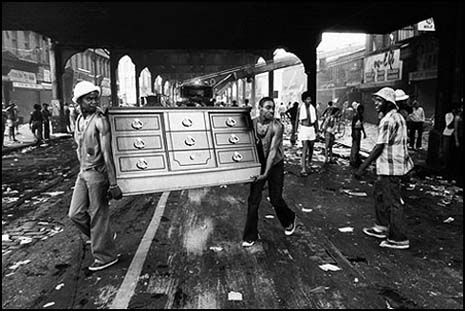More from the NYC Blackout riot of 1977.