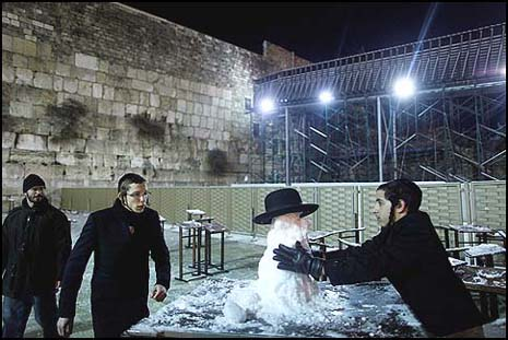 Frosty the Snowman at the Kotel.