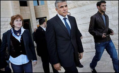 Lapid's negotiations team says Likud wants them to help dismantle Jewish homes.