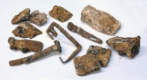 An assortment of the ancient items excavated recently. Photo: Israel Antiquities Authority.