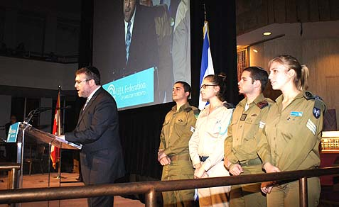 Rabbi Daniel Korobkin hosting IDF soldiers in Beth Avraham Yoseph Synagogue in Toronto.