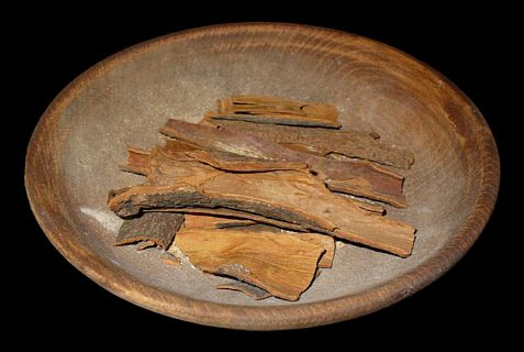 Bark from Cinnamomum verum, which is found naturally in southern India, Sri Lanka and Myanmar; another form of cinnamon comes from Cinnamomum cassia, found naturally in China,  Vietnam, Laos and Myanmar.