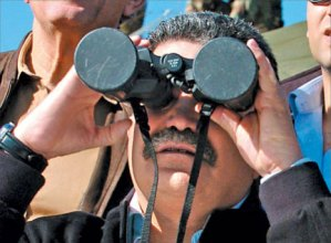 Until today, this was Livni's party no. 2 man, Amir Peretz in his former incapacity as defense minister, looking at things through capped binoculars.