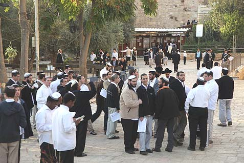 Jews from across Israel are gathering outside the Cave of the Patriarchs this Shabbat.