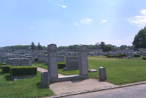 United Hebrew Cemetery, Staten island, was a cash cow for the couple who ran it as a not-for-profit.