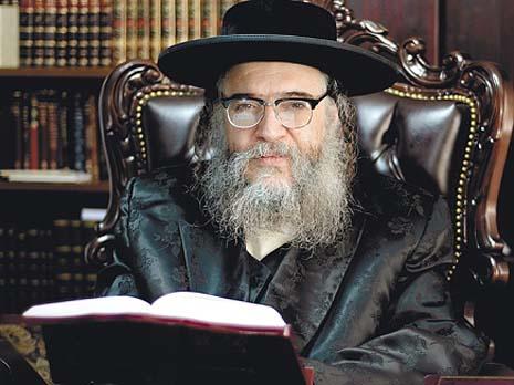 Shlomo Helbrans. Photo credit: vosizneias.com