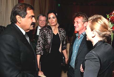 Scarlett Johansson & then-boyfriend Sean Penn Feting Israel-Boycotting Al-Jazeera Owners, the Emir & Emira of Qatar.