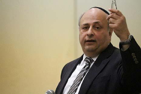 Dr David Pelcovitz in Beit Shemesh [Photo: Yosef Symonds]