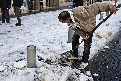 winter snow shovel