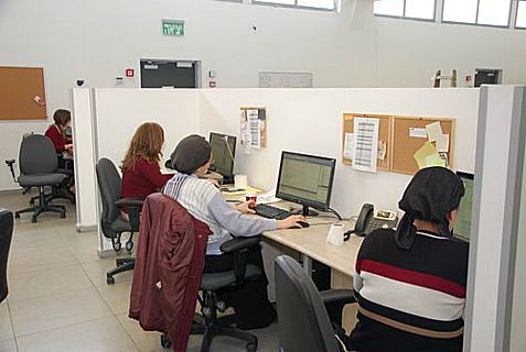 Haredi women work at Concept Creative Technology, a subsidiary of Beit Shemesh-based NetSource.