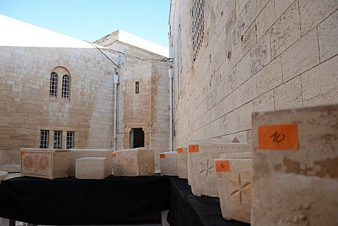Several of 11 Second Temple period coffins that Israel and PA Arabs were in the midst of stealing before being caught.