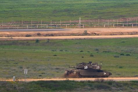tank along gaza