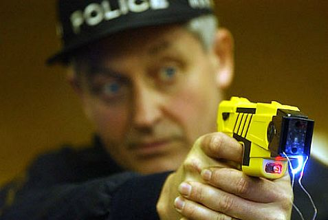 Anti-Semites shot a Jew in Paris with a taser gun Monday night,