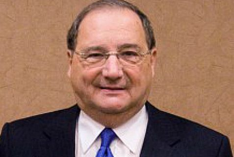 Suffolk University to honor ADL's national director Abraham Foxman despite student opposition,