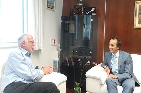 Minister Uri Ariel and Australian Ambassador Dave Sharma