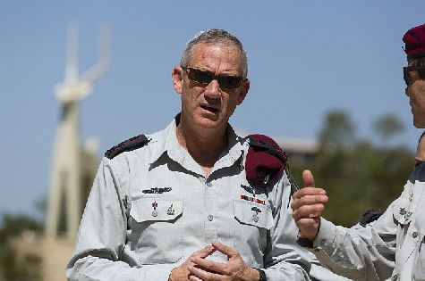 IDF Chief of Staff Benny Gantz at ceremony to honor Harel Brigade, May 30, 2014