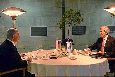 Israeli Prime Minister Binyamin Netanyahu and U.S. Secretary of State John Kerry, dining at the Prime Minister's residence, Jan. 4, 2014.