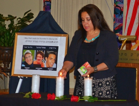 Sharona Durry, the head of Philly Israel and organizer of the memorial service for the slain Israeli teenagers held at Mikveh Israel in Philadelphia on July 1, 2014.