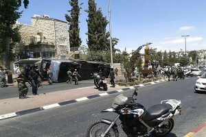 Bus flipped in terror attack,  Photo by Rotter.net - nbcfg