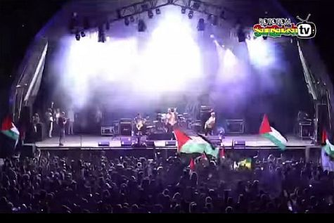 PLO FLAGS WAVED AT MATISIYAHU PERFORMANCE IN SPAIN