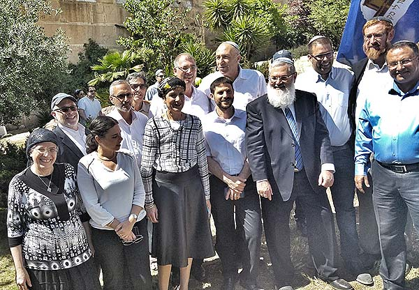 Habayit Hayehudi and Likud ministers and MKs at the Hebron festivities. Also (extreme right) Temple Mount activist Rabbi Yehuda Glick.