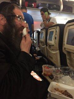 Hasidic twitter