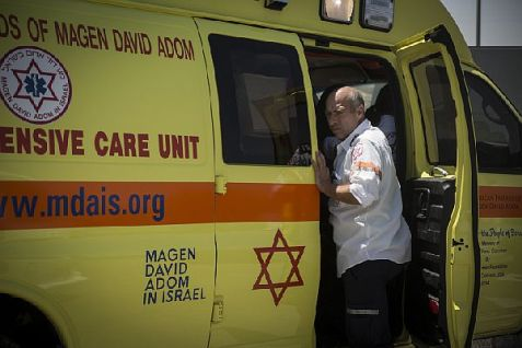 Magen David Adom ambulance evacuates wounded after terror attack to hospital. (file)