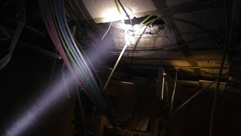Sderot kindergarten building damaged in Qassam rocket attack.