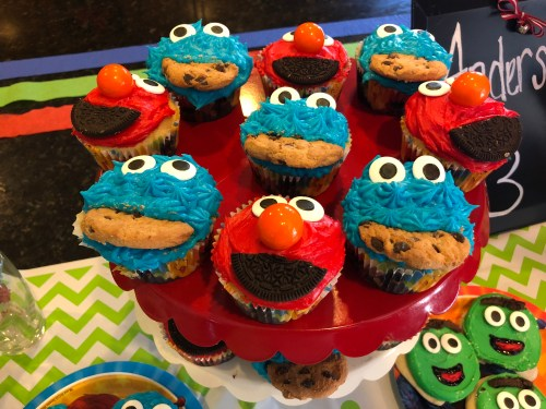 elmo cupcakes cookie monser cupcakes