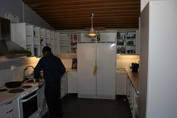 dorm-kitchen2
