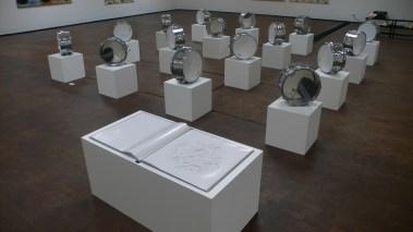 Ulrich Eller, Klanginstallation, Trommelorchester + Partitur, 2008 © (Ulrich Eller) VG Bild-Kunst Bonn, 2017