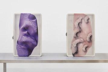 Installationsansicht Ungestalt, Kunsthalle Basel, 2017, Blick auf Pakui Hardware, Hesitant Hand, 2017. Foto: Philipp Hänger. Courtesy Pakui Hardware und Exile Gallery, Berlin