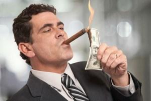 Nada es suficiente para el apetito voraz de los políticos y los empresarios
