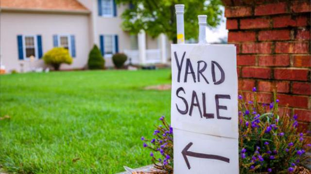 How to host a successful Yard Sale preview image