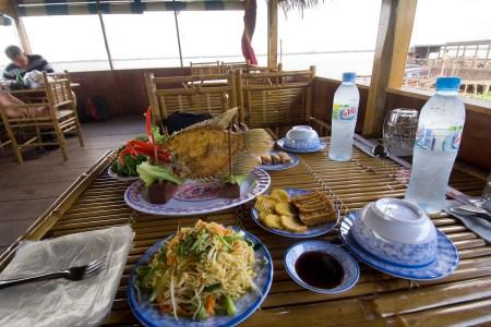 lunchatriversiderestaurantlg