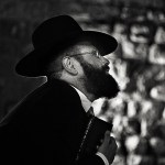 RABBI AT THE KOTEL 5