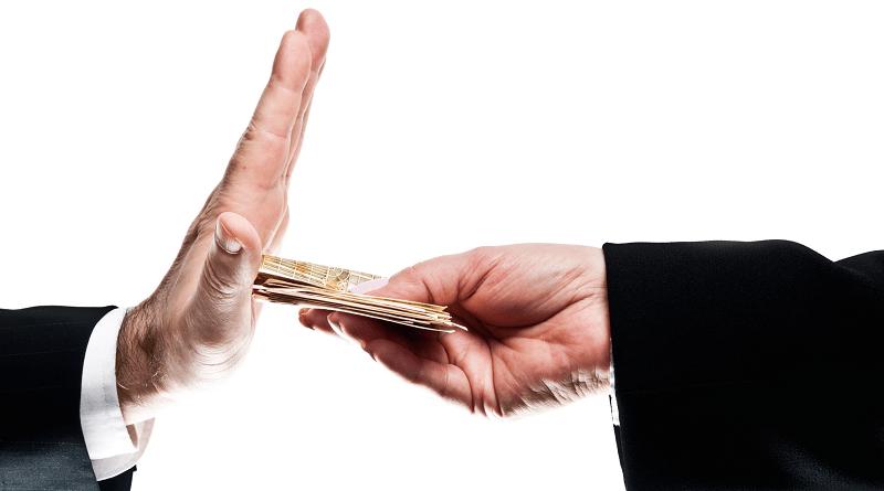 Pequenas corrupções: por que trapaceamos mesmo sabendo que estamos errados?