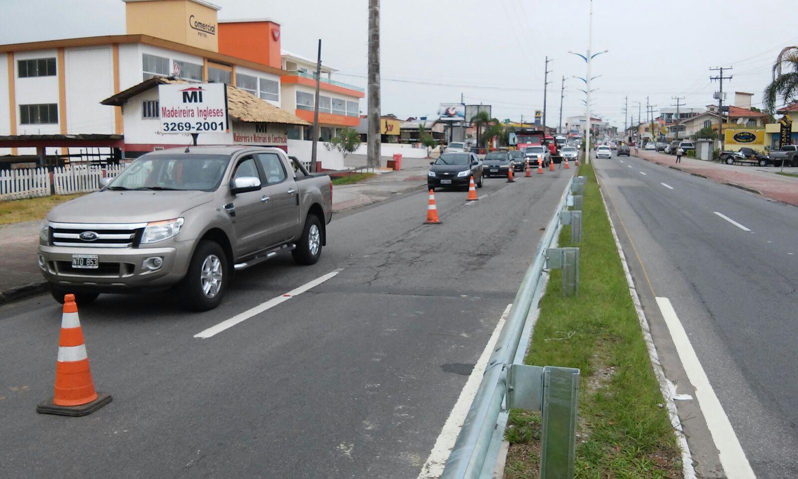 obra-sc403-defesa-guard-rail-rodovia-pista